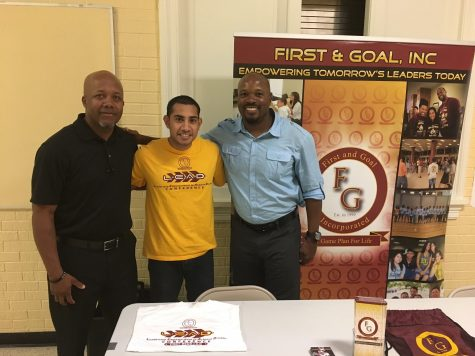 """Former NFL Player Brings His """"First and Goal"""" Program to Campus"""