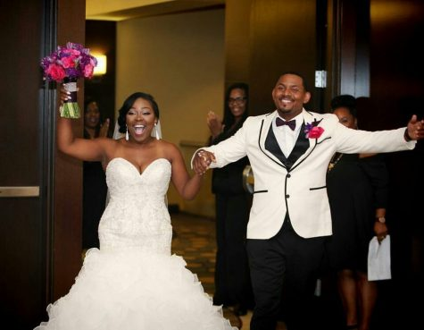 Business Teacher & Cheerleading Coach Marries her High School Sweetheart
