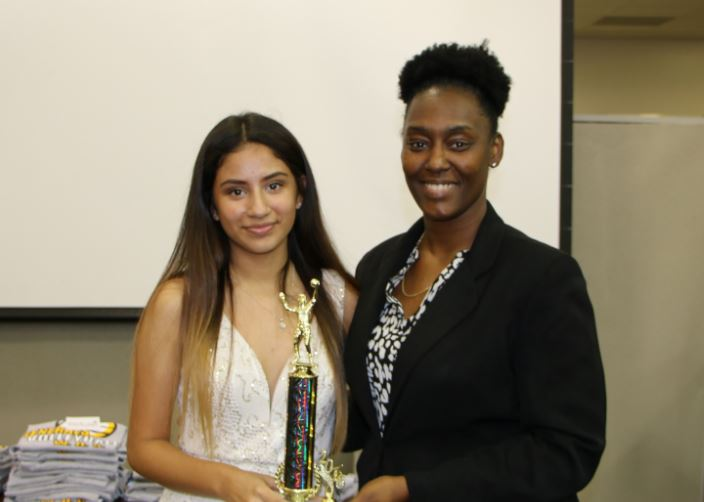 Umanzor (left) was named the 2016 Varsity Volleyball Team's Most Valuable Player