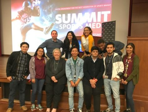 Wisdomhsnews.com Reporters Attend Sports Media Summit at University of Houston