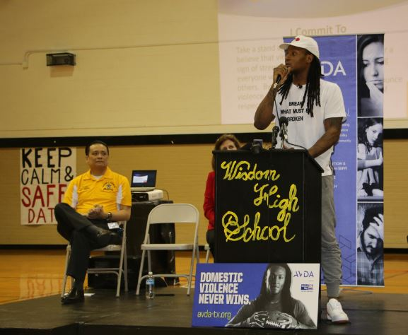 Houston Texans Wide Receiver DeAndre Hopkins speaks to students about domestic violence at Wisdom High School on March 10, 2017