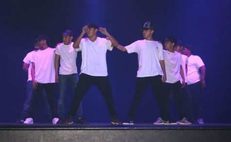 "Dance Group ""Luma"" Wins 2017 Talent Show"