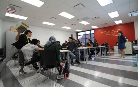 "Houston ISD Chronicles the First Day of Classes at the ""New"" Wisdom HS"
