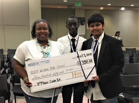 Computer Science Team Takes 3rd Place in HISD Technology Competition