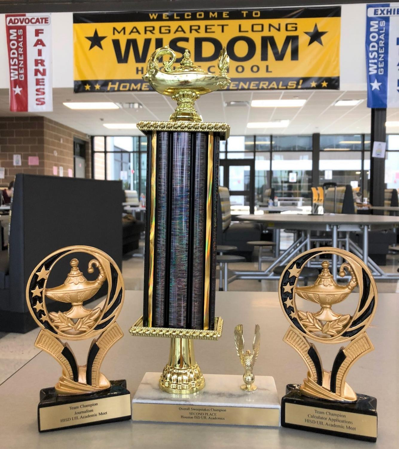 Wisdom's Overall 5A Sweepstakes Trophy and Team Trophies in Journalism & Calculator Applications