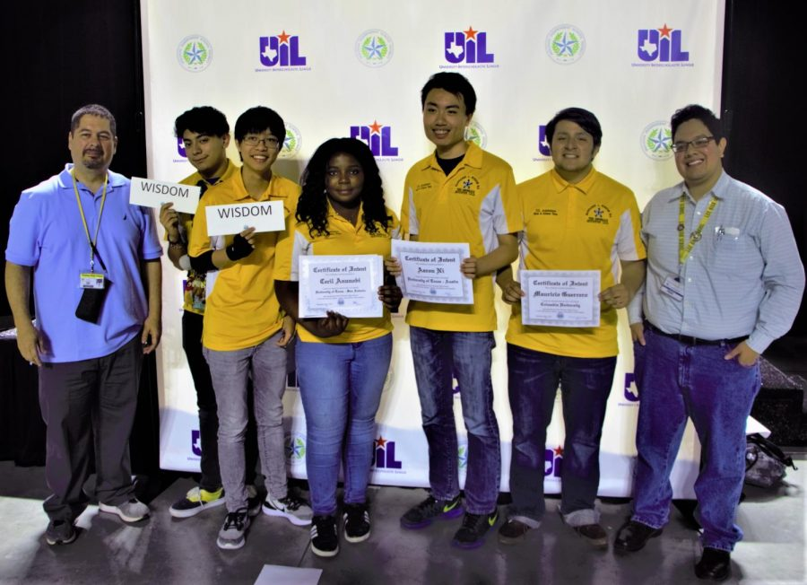 Five Wisdom Seniors Accept Academic Scholarships on HISD Signing Day